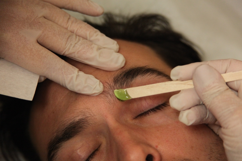 Eyebrow Waxing And Shaping For Men In Nyc